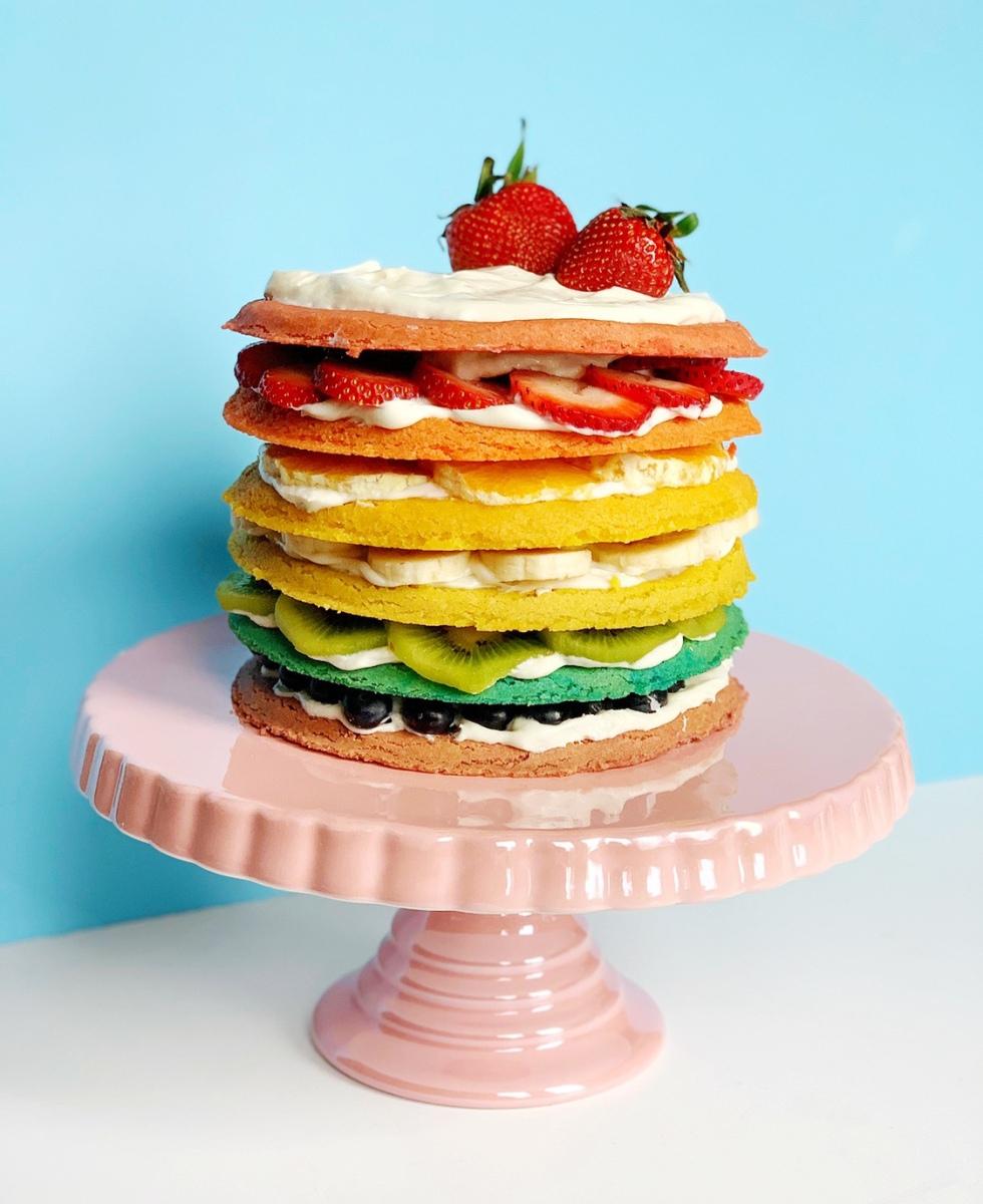 DIY Rainbow Fruit Pizza Cake
